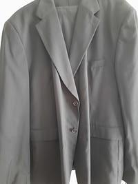 Nadelstreifen Anzug schwarz