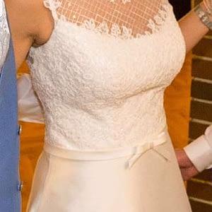 Neuwertiges Hochzeitskleid weiß